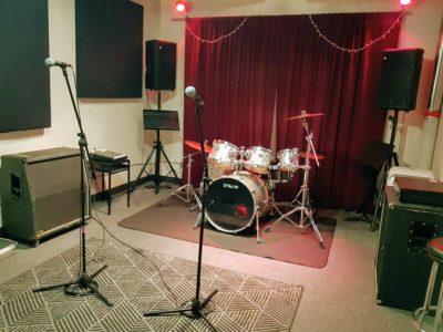 Rehearsal Studio Vancouver Soundproof Studio Rental Pandora S Box